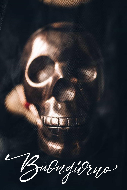Buona Halloween con scheletro foto
